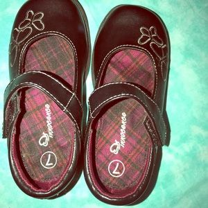 Other - Super cute little girl shoes